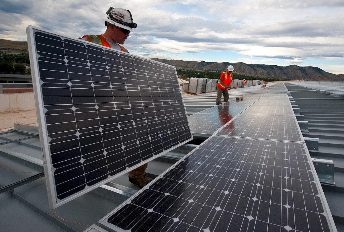 Panneau solaire solar expansion