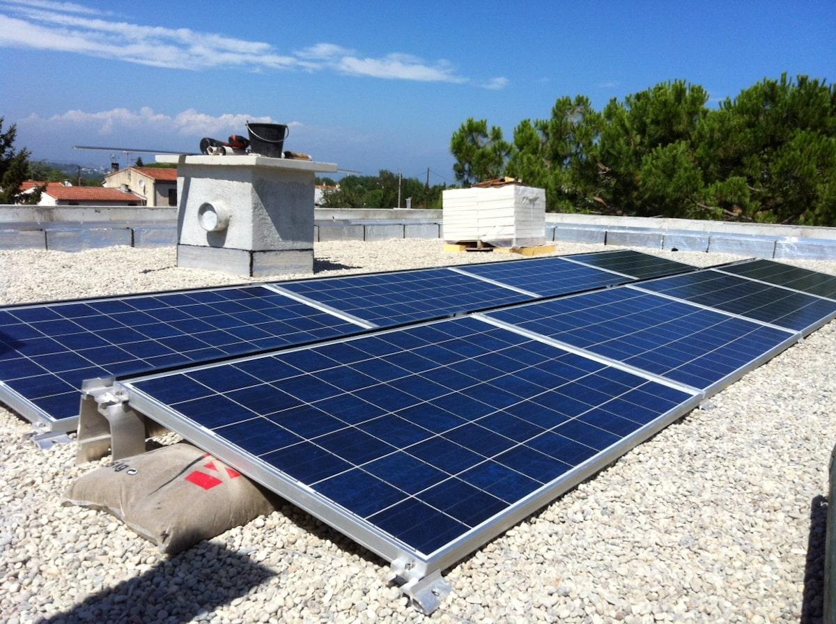 Panneaux solaire toit terrasse