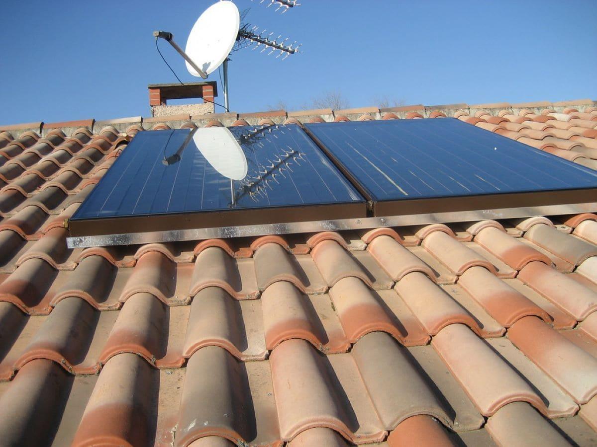 Panneaux solaires photovoltaïques Jordanne Services Électricité