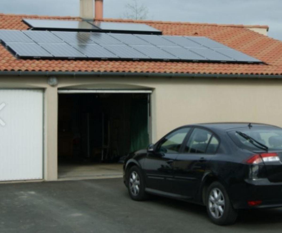 Auger panneaux solaires sur toit