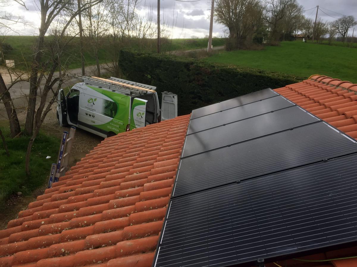 c2ef panneaux solaires