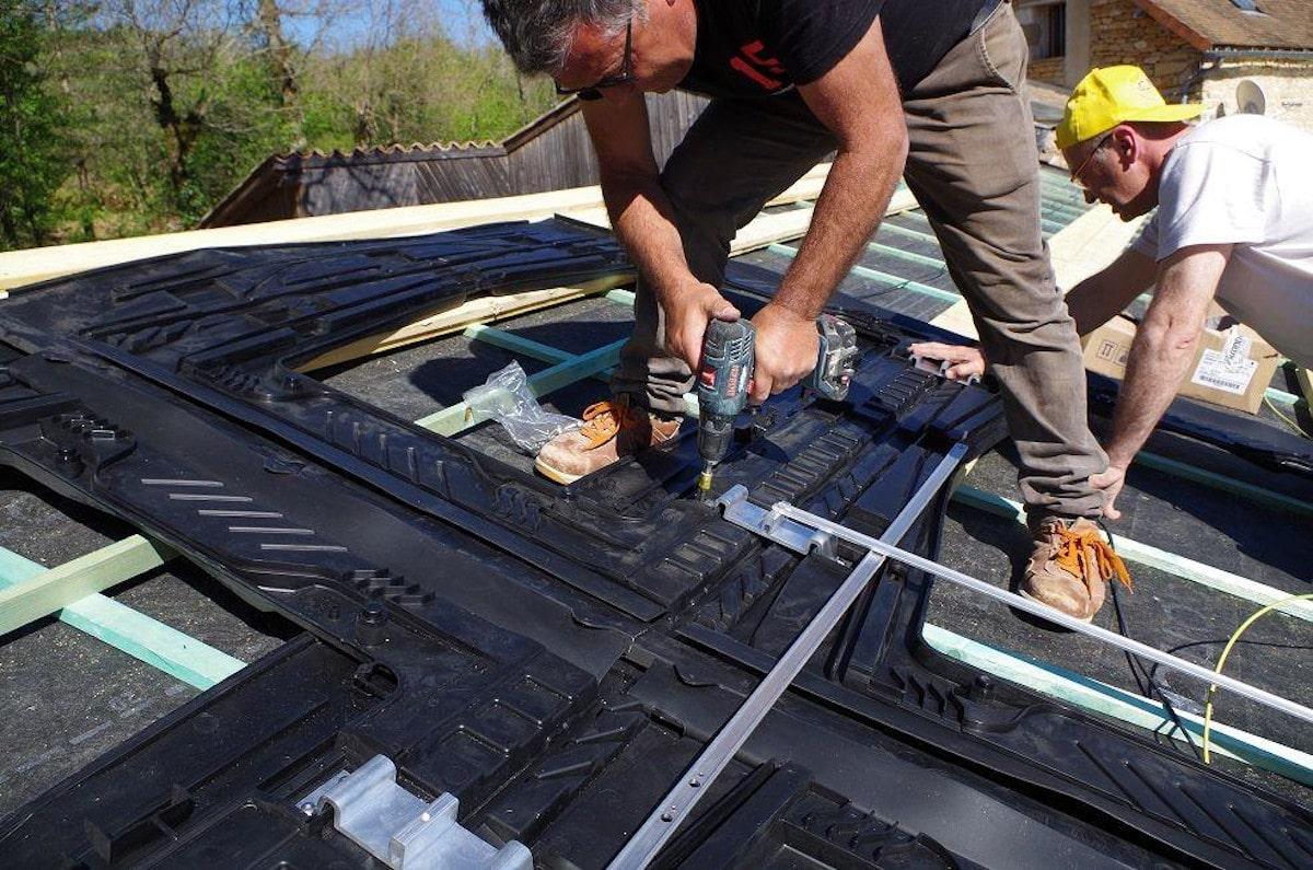 L'équipe : Installation panneau solaire
