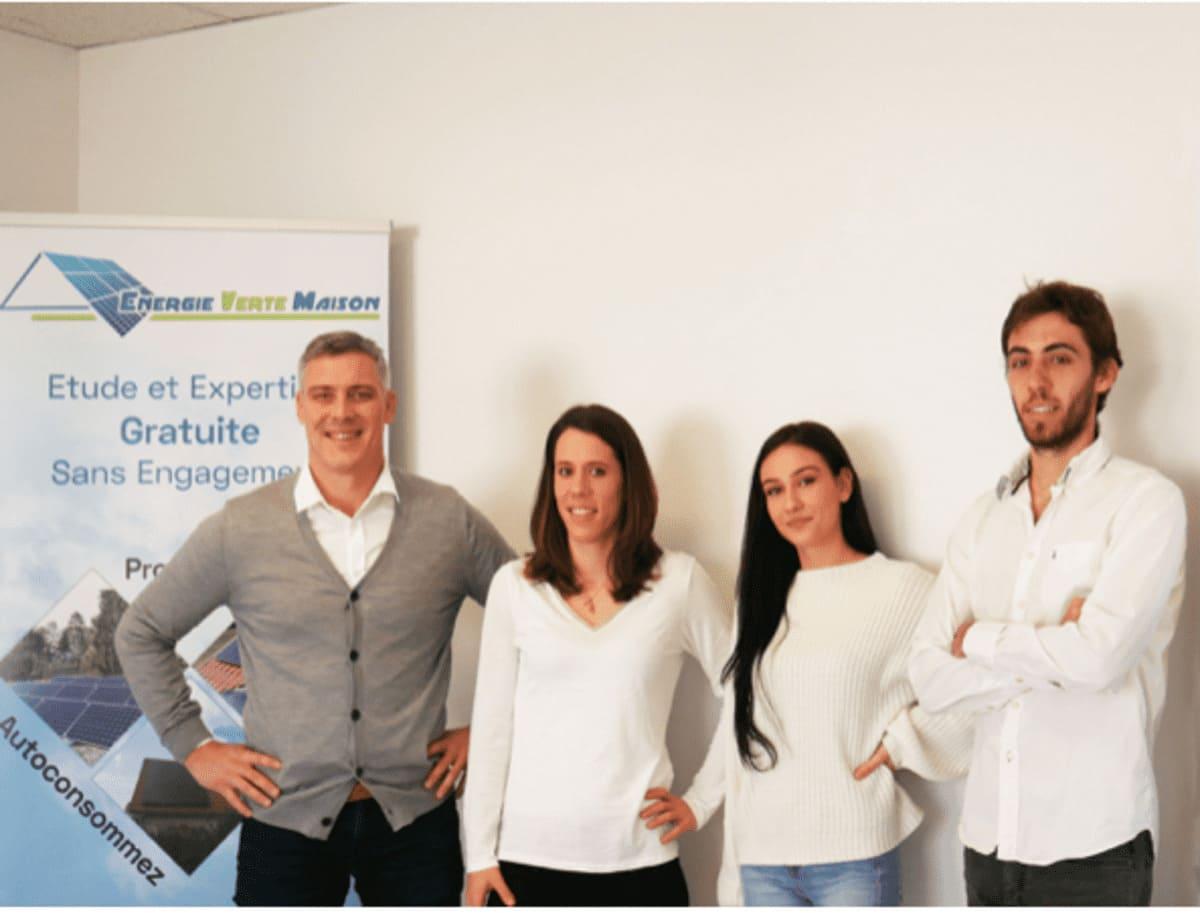 equipe experts solaires energie verte maison