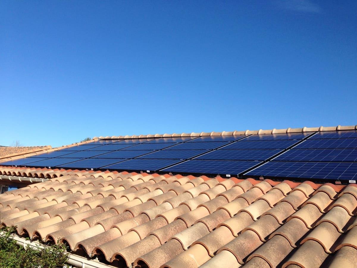 Exemple pose de panneaux solaires