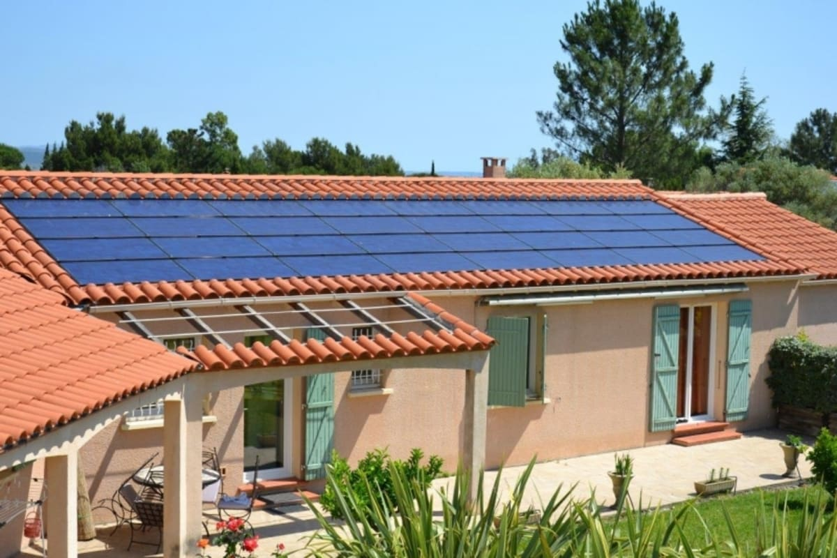 Installation panneaux solaires Energies Toitures