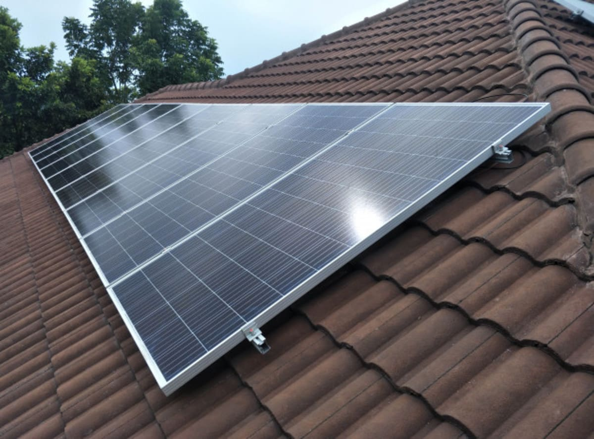 Installation panneaux solaires Perform' Energies