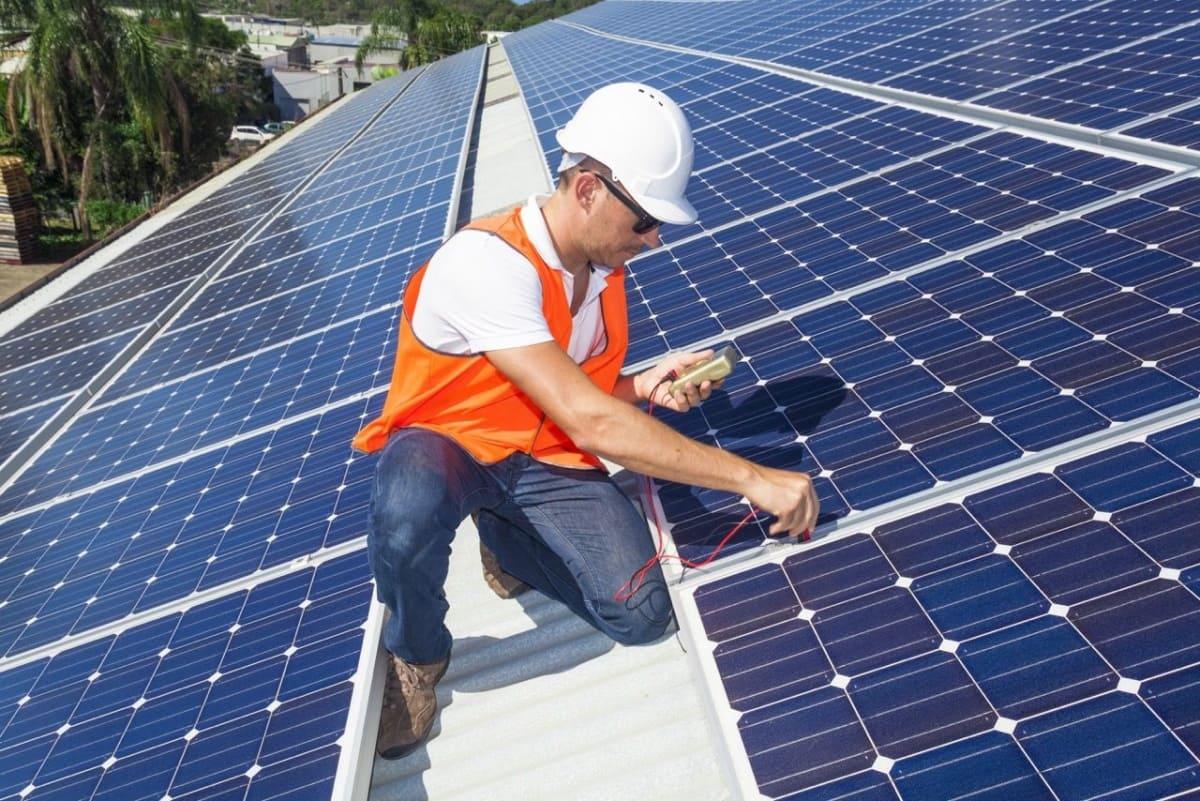 Installation solaire photovoltaïque Agéo Azur Géothermie