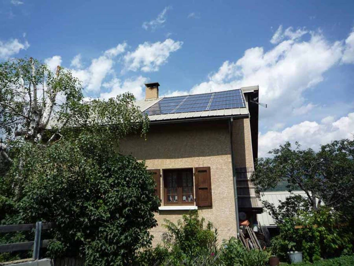 Installation solaire autoconsommation Ares Solar