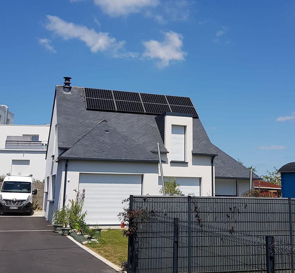 Panneau solaire LTE