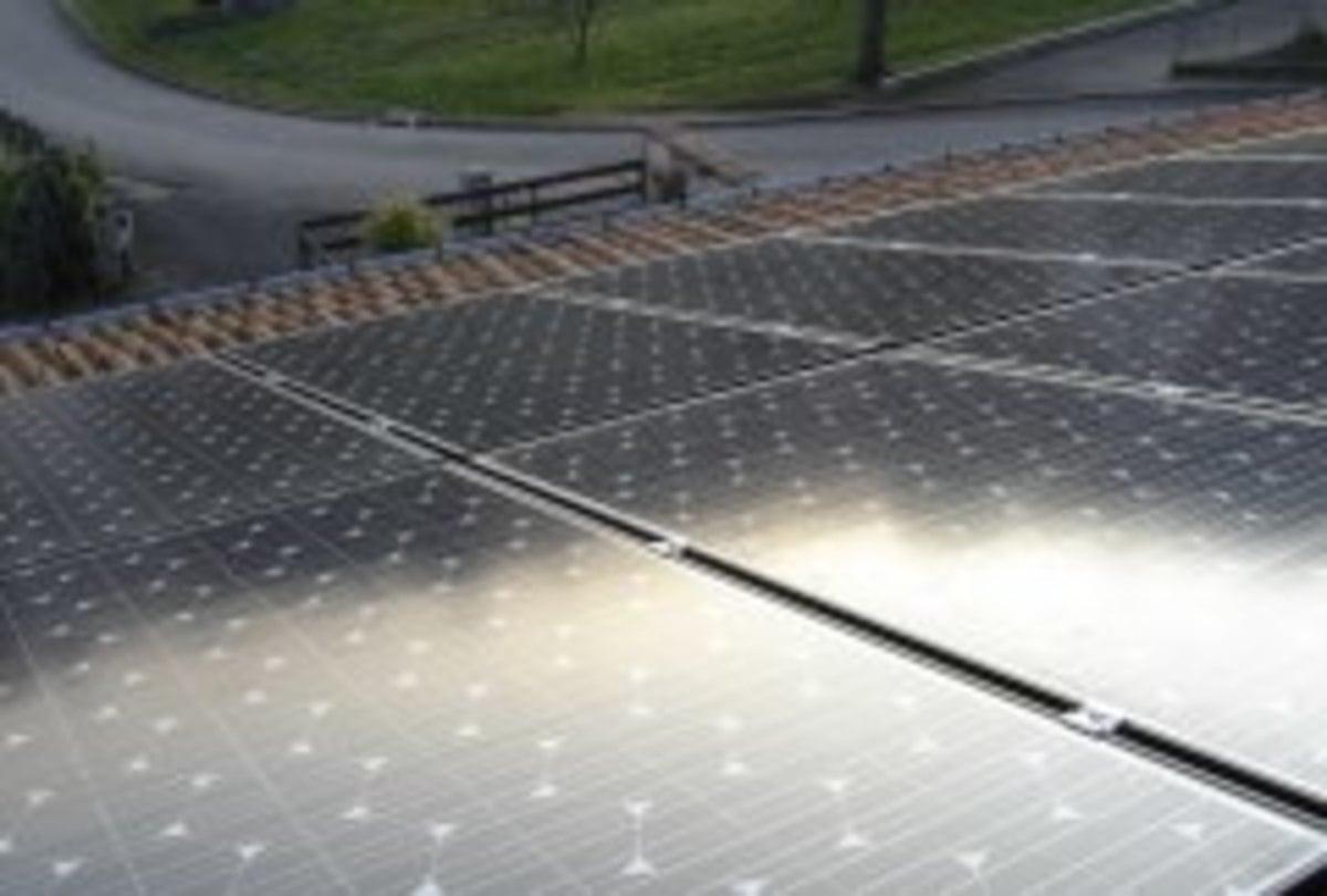 Panneau solaire Electricité Montagne Pyrénées