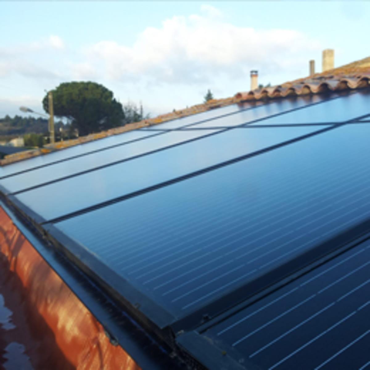 Panneaux solaires AKI-NRJ-CONSTRUCTION