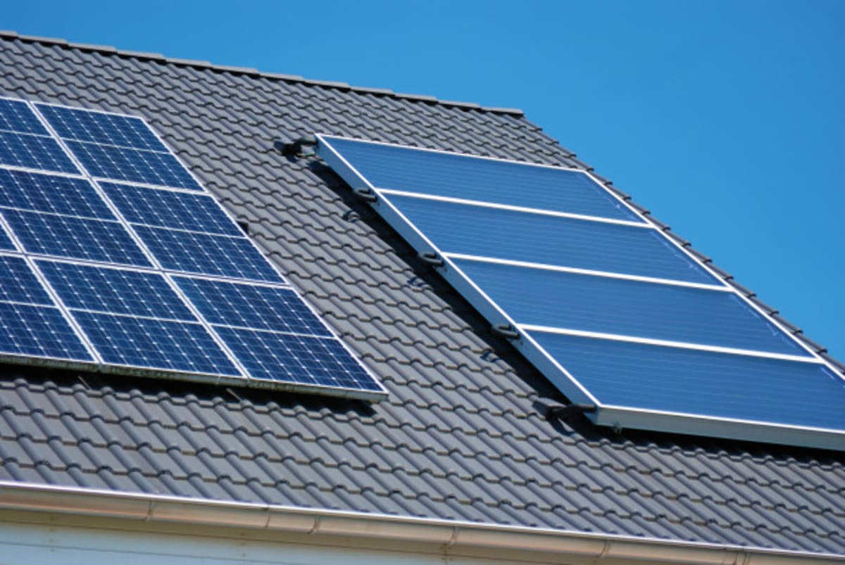 Toit panneaux solaire Perform' Energies