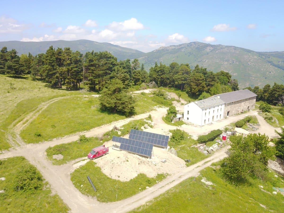 Travaux panneaux solaires EFE66