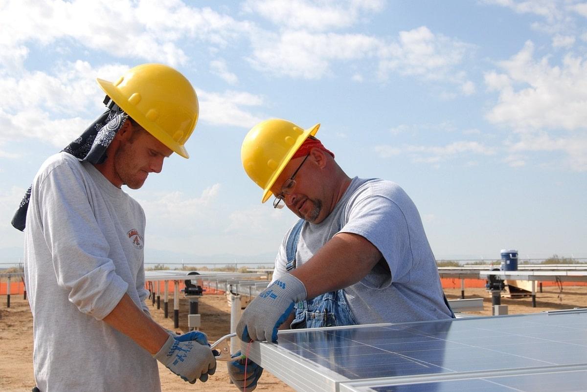 Comment bien choisir son installateur de panneaux photovoltaïques ?